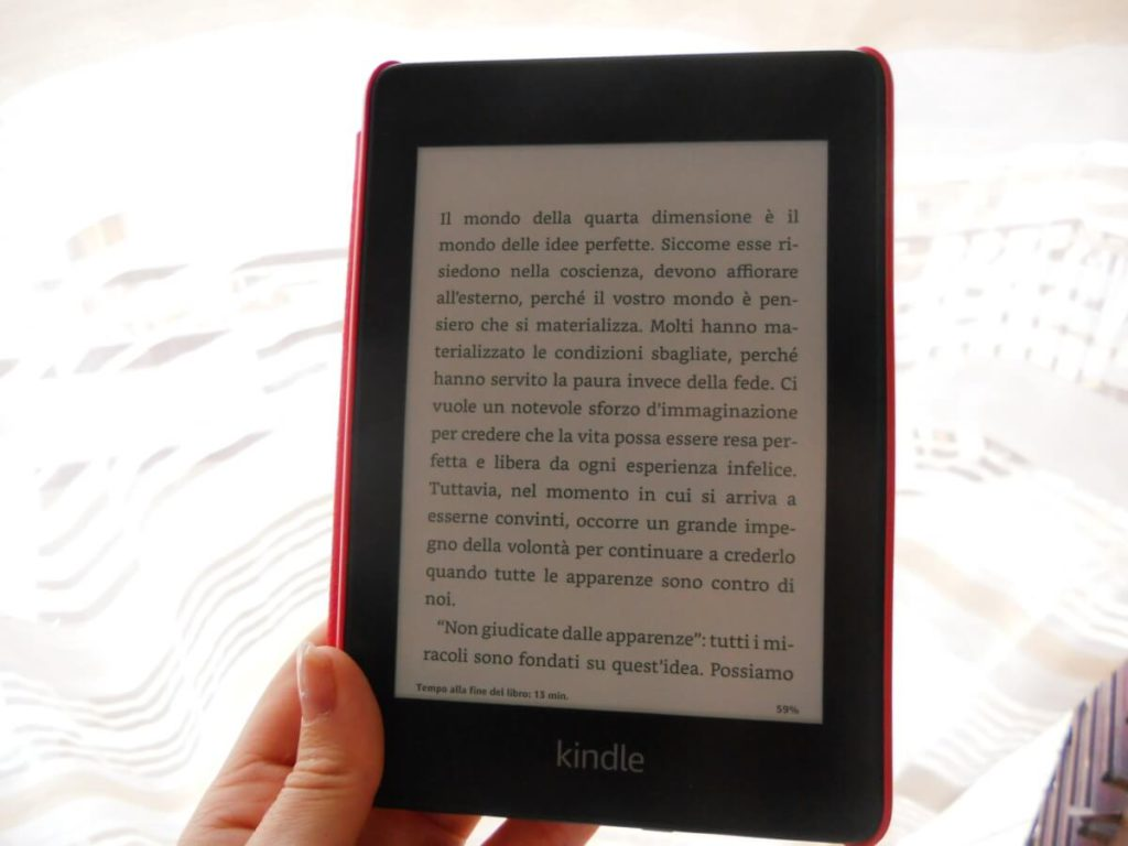 kindle-paperwhite-tecnologia-e-ink